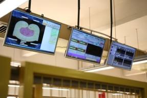 铆合压力监测系统